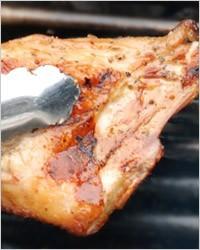 Мясо жареное на барбекю