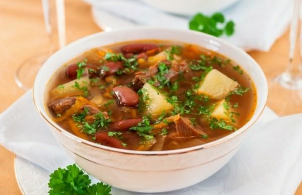 Суп с фасолью «Удовольствие»