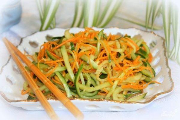 Салат из жаренных огурцов