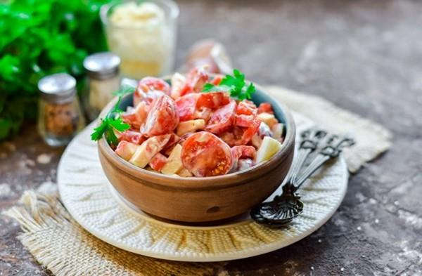 Морской салат с ванильным майонезом