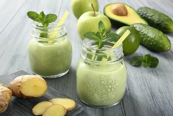 Лето - время зелёных смузи и соков