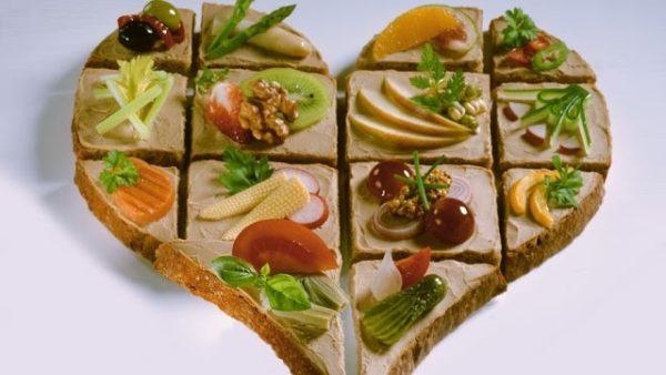 Бутерброды с хлебцами. 11 рецептов полезных перекусов