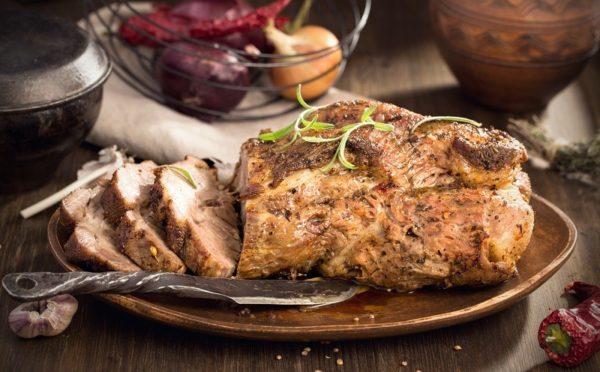 Правильная нарезка сделает мясо мягче