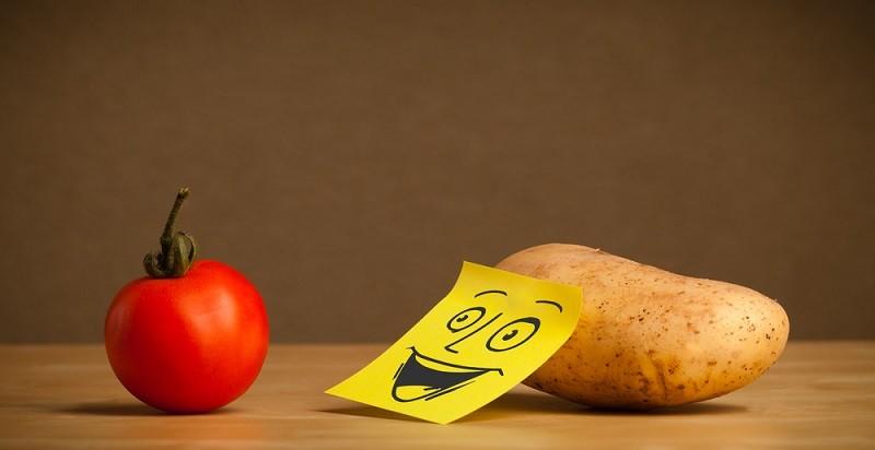 картофель и томат