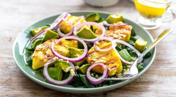 Авокадо по-кубински. Теплая закуска