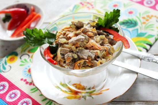 Тёплый салат из куриной печени