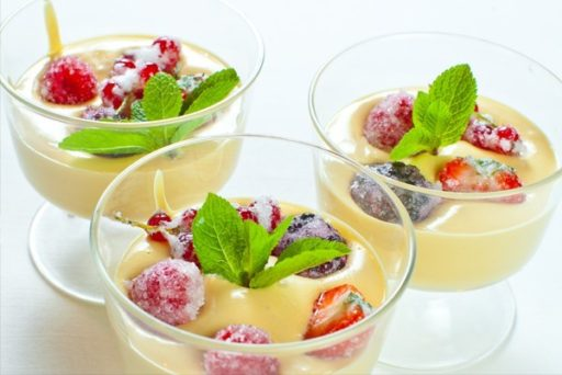 Сабайон со свежими ягодами. Десерт