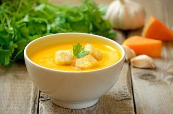 Тыквенный суп с фенхелем, имбирем и чесноком